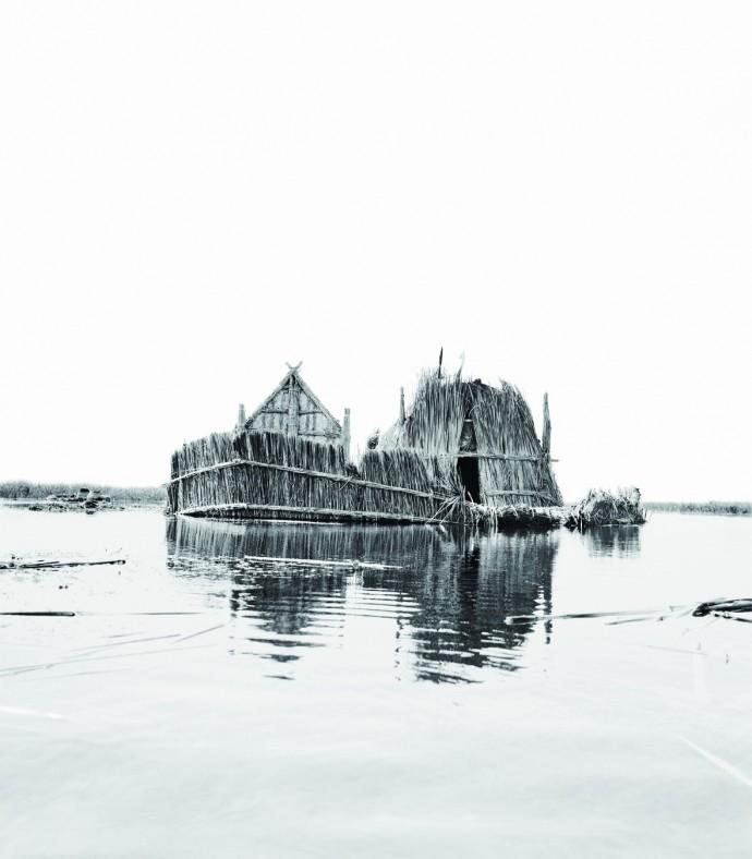 ursula-schulz-dornburg-i-vanished-landscapes-i-1980-2006-series-fotograficas-sobre-papel-dimensiones-variables-colec