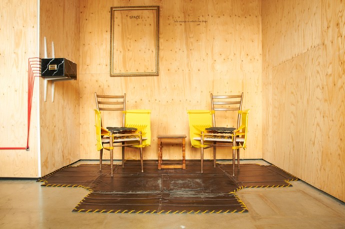 4_Jeremy_Till_Leonardo_Novelo_Scarcity_Room_Chairs_Paulo_Goldstein